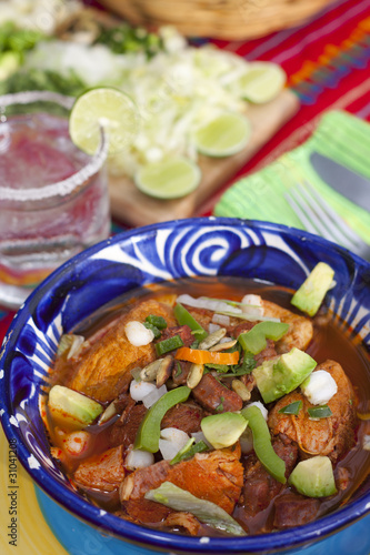 Pozole mexican traditionnal cuisine 4