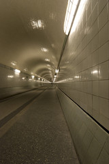 Alter Elbtunnel - Hamburg Altona