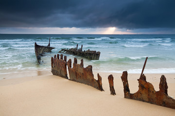 wreck on australian beach at sunrise (ss dicky wreck)