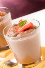 Mousse al Cioccolato con Fragole