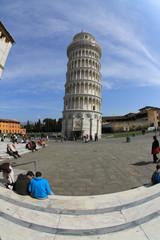 pisa torre pendente piazza dei miracoli