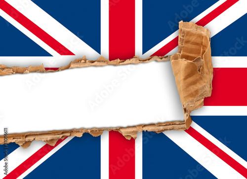 bandiera regno unito strappata