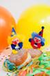 Krapfen mit Clowns und Ballons
