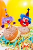 Krapfen mit Clowns