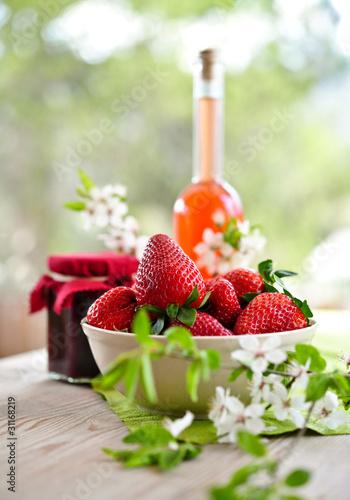 erdbeeren, marmelade und likör II