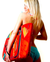 Frau mit dem Surfbrett