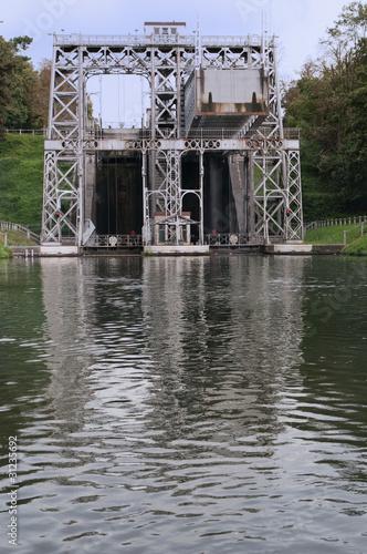 Ascenseurs à bateaux