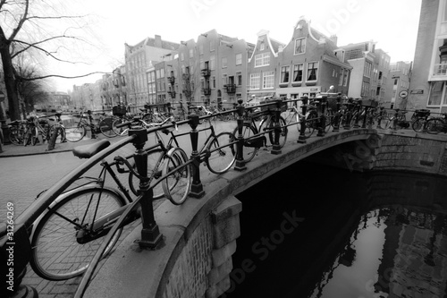 vintage-czarno-bialy-rower