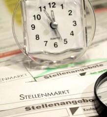 Jobsuche Zeitung Zeitarbeit Uhr