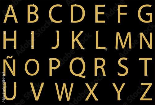 Abecedario con letras doradas