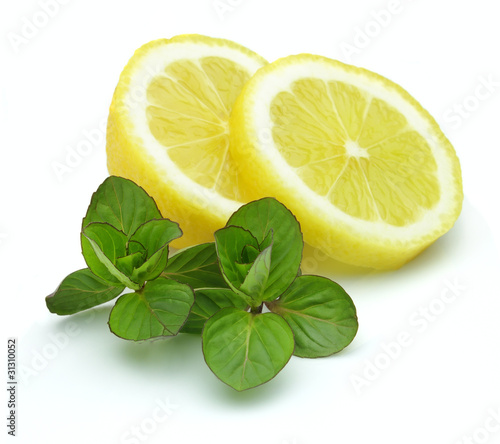Lemon with fresh mint