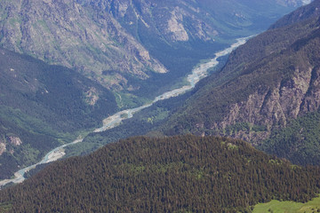 mountain's river