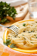 Pasta with parsely and garlic