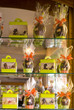 vitrine et présentation de chocolats de pâques