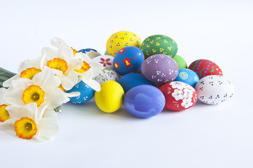 easter eggs with narcissus