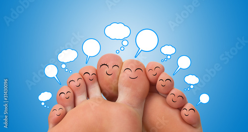 group of finger smileys with speech bubbles