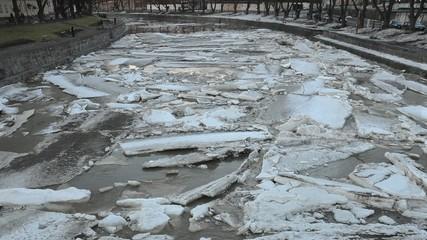 River Ice Jam Timelapse: Aurajoki / River Aura