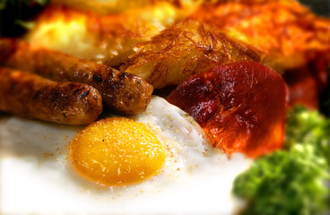 plats cuisines oeuf saucisse