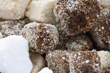 différents sucres artisanaux de l'île Maurice
