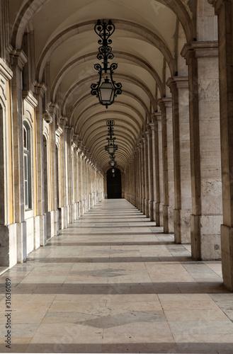 Lisbon walkway|31636089