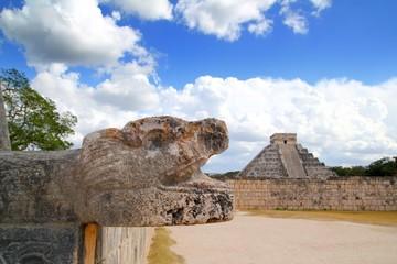 Chichen Itza Jaguar and Kukulkan Mayan temple pyramid