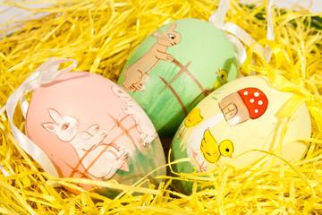 Ostereier im Nest
