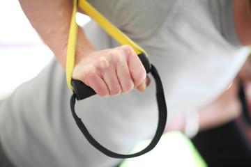 Hand am Fitnessgerät