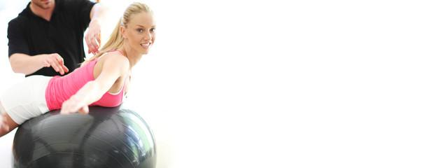 Rückentraining mit Gymastikball