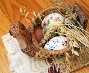 Eggs in a wicker duck with ears