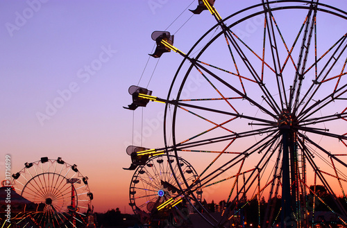 Carnival Silhouettes - 31716899
