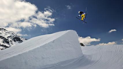ski extreme et tremplin