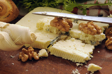 Gorgonzola con noci