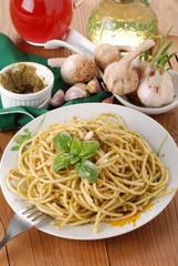 spaghetti al pesto - quattro