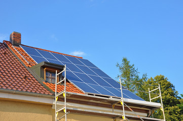 photovoltaikanlage im  Bau