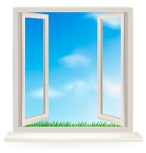 Ouvrir la fenêtre sur un mur blanc et le ciel nuageux