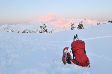 Backpacking and snowshoeing  in Mount Baker park