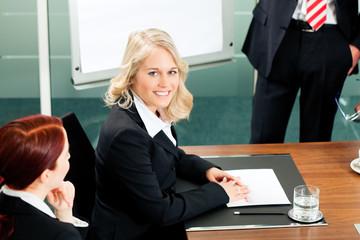 Business - presentation in team meeting