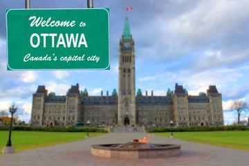 Welcome to Ottawa sign