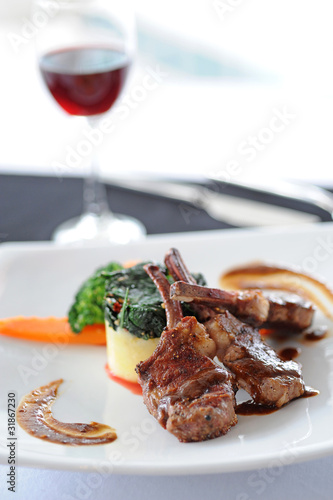 close-up of juice roasted lamb chops
