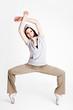 Frau tanzt Breakdance