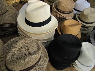 Hats shop, tienda de sombreros.