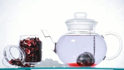 TL red Hibiscus tea