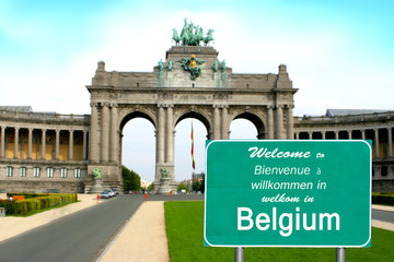 Welcome to Belgium sign in different languages