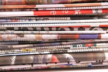 Zeitungen - flächenfüllend