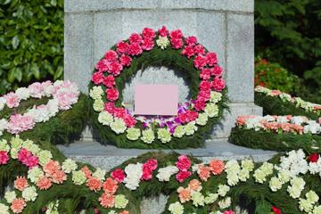 letter[floral_tribute]_01