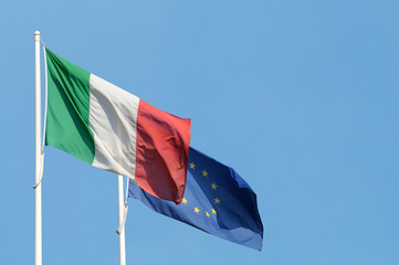 Bandiera dell'Italia e della Comunità europea