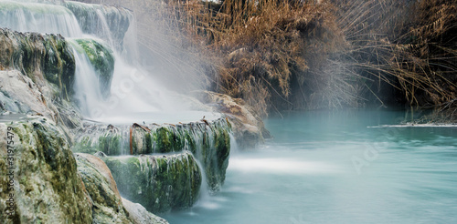 Thermal water for bathing. - 31975479