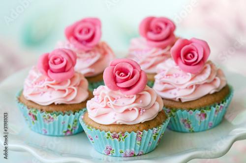 Vintage cupcakes - 31981013