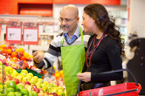 Grocer and Customer