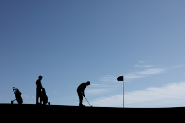 Golf player silhouette 2